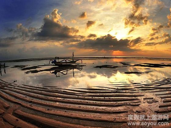 浮潜(海岸边/一次),独木舟
